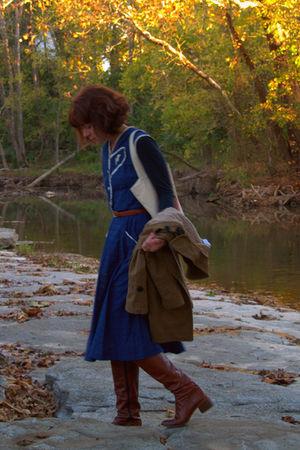 vintage boots - vintage dress - Charlotte Russe coat