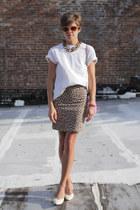 white heels - amethyst bag - beige leopard print skirt - white t-shirt