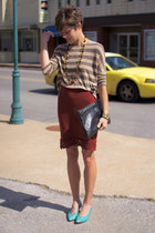 aquamarine heels - tan striped shirt - black bag - burnt orange skirt