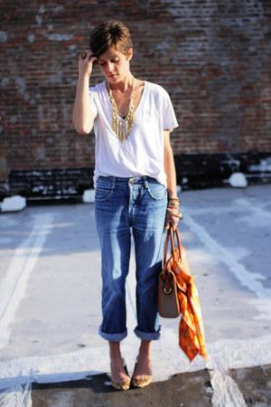 vintage jordache jeans - white Gap t-shirt