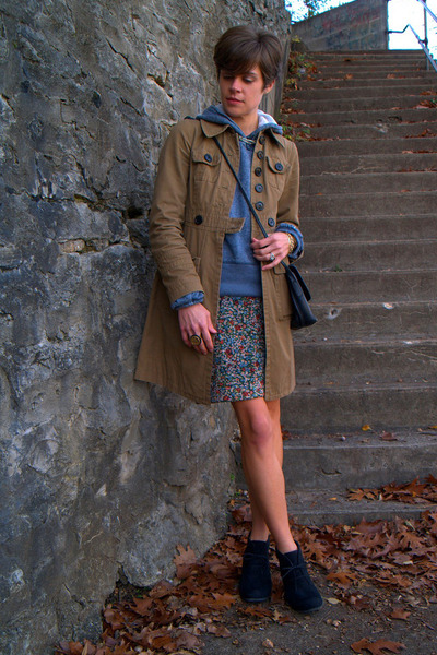 floral MNG skirt - black Call it Spring boots - dark khaki coat