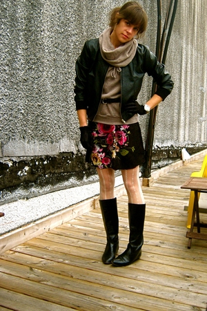 vintage from Ebay boots - Target dress - Gap shirt - thrifted belt - Ebay jacket