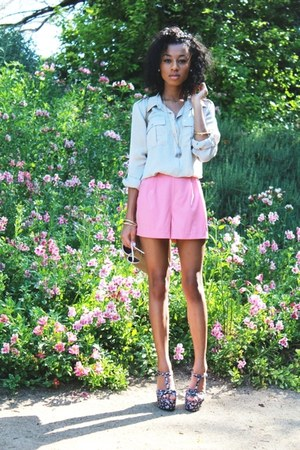 tan bag - bubble gum shorts - navy wedges - cream blouse