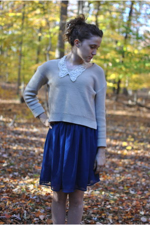 collar Charming Charlies necklace - H&M sweater - pink thrifted vintage tights