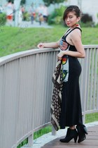 black bootsies H&M Trend boots - maxi d Bugis Street Market dress