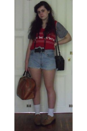 red charity shop vest - blue Vintage Levis shorts - white M&S childrens socks -