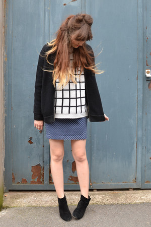 check next jumper - ankle boots ASH boots - knitted bomber whistles jacket