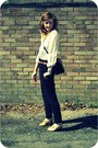 Navy-vintage-bag-black-high-waisted-zara-pants-camel-vintage-blouse-light-