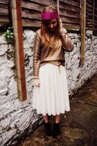 gold H&M sweater - black lita bullboxer boots - ivory tulle H&M skirt
