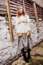 yellow leather Primark gloves - dark gray Minelli boots