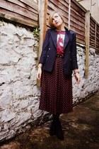 black vintage skirt - black bullboxer boots - navy vintage blazer