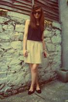 camel bow pocket APC skirt - black vintage vest
