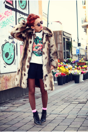 black asos boots - bubble gum kaotiko sweater - black vintage shorts