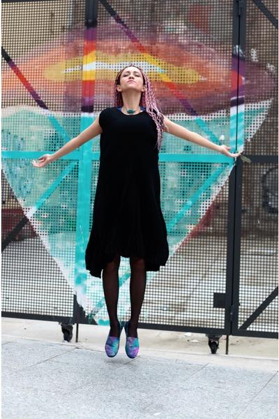 black kling dress - blue Paez loafers