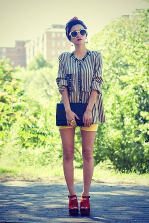 black DIY shirt - carrot orange OASAP wedges - mustard Thallo ring