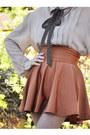 Dark-brown-blanco-shoes-beige-vintage-blouse-tawny-american-apparel-skirt