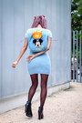 Black-alpe-boots-light-blue-motel-rocks-dress