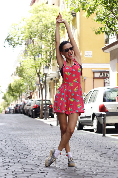 hot pink vintage romper - silver Meridiano Shoes flats