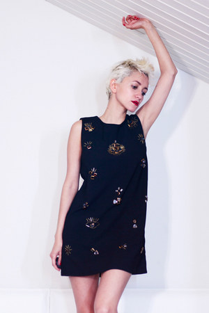black jewel Chicwish dress