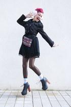 black amintaonline boots - black amintaonline coat