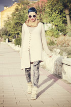 beige romwe vest - navy Now I Style leggings - beige cinderella sneakers