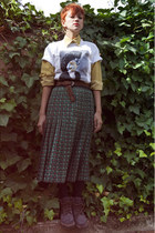 mustard vintage blouse - white Elena Gallen shirt - dark green vintage skirt