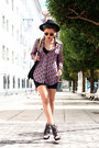 Light-orange-jump-from-paper-bag-navy-amelie-shoes-violet-romwe-shirt