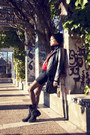 Black-marypaz-boots-red-vintage-sweater
