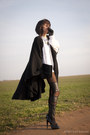 White-thrifted-sweater-black-oasap-leggings-black-vintage-bag