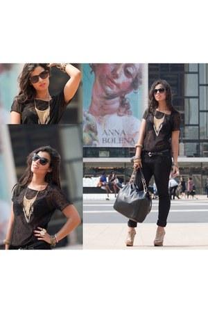black denim Uniqlo jeans - black lace American Apparel shirt