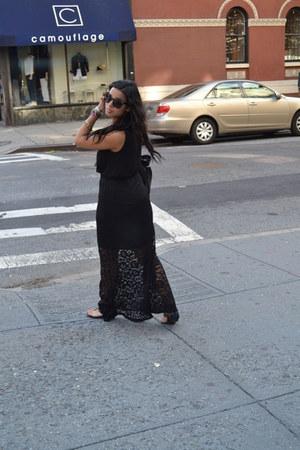 black Aldo sunglasses - black unknown skirt - black Zara blouse