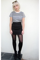 T-Bar t-shirt - Style Stalker skirt - tights - Nine West - Ray Ban sunglasses -