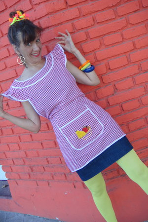 red pinafore top - yellow yellow footless tights - navy skirt - sandals
