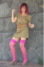 Stockings-khaki-dress-animal-print-wedges