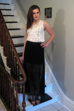 black sheer Cheap Monday skirt - white white lace BB Dakota top