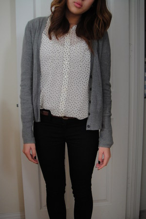 ivory H&M blouse - brown oxfords delias shoes