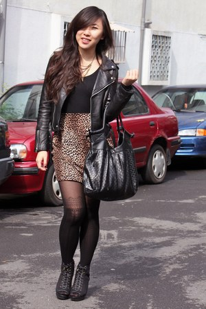 black Fifio Couture jacket - brown skirt - black stockings - black H&M bag - bla