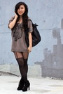 Light-pink-air-space-sweater-black-h-m-bag-black-heels-black-forever-21-st