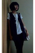 blue vest - white shirt - black Pull and Bear pants - cotton on - silver zipia s