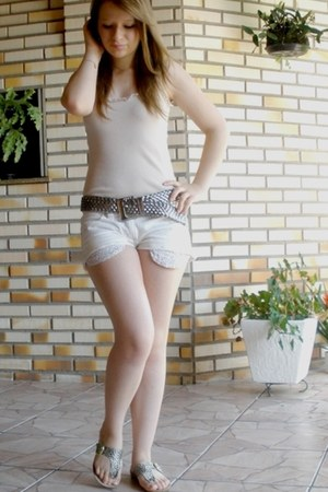 beige shirt - white shorts - light brown belt