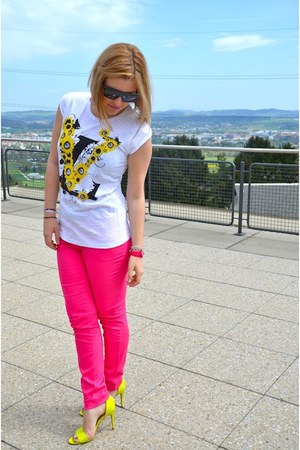 hot pink Swatch watch - hot pink H&M jeans - black Victoria Beckham sunglasses