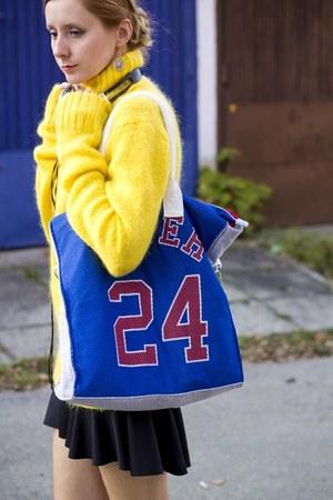 Bershka skirt - second hand sweater - sporty bag xxl Terranova bag