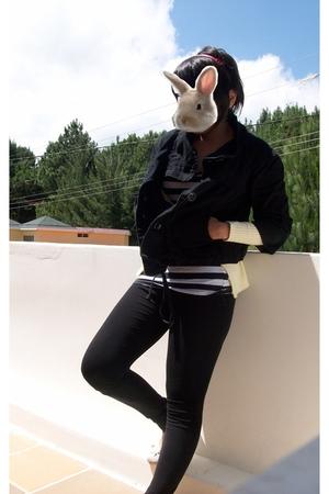 Zara leggings - Bershka shirt - Pull & Bear jacket - sweater - Grendha shoes