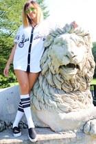 off white Primark shirt - off white Spirit of 76 socks - black Primark sneakers