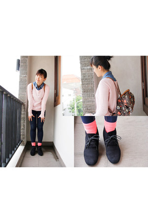 navy unbranded jeans - black Payless boots - light pink Stradivarius sweater