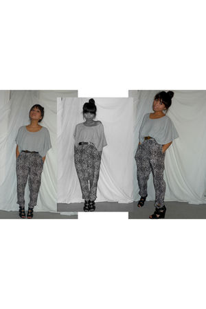 black zu shoes - Forever New pants - gray Bassike top - black Vintage Moschino b