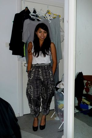 white supre top - Sass and Bide pants - black Siren shoes - gray Country Road be