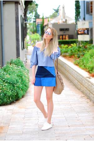 sky blue Zara top - navy Zara skirt - white pull&bear sneakers