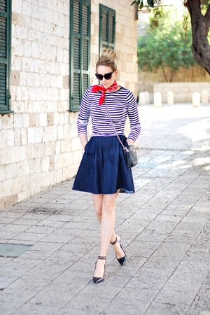 navy Zara skirt - ivory H&M top - black Zara heels