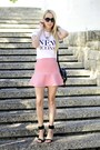 White-h-m-t-shirt-light-pink-zara-skirt-black-mango-sandals
